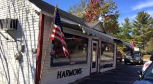 The Roadside Hamburger Hut In Maine That Shouldn't Be Passed Up