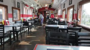 The Train-Themed Restaurant Near Cleveland That Will Make You Feel Like A Kid Again