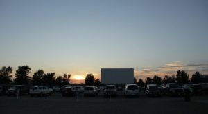 Watch A Movie Under The Stars At This Historic Drive-In Theater In Minesota