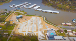 This Lakeside RV Resort In Oklahoma Will Be Your New Favorite Destination