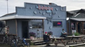 The Tiny Cafe That Serves Some Of The Best Food In This Alaska Beachside Town