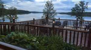 This Lakeside Cabin Restaurant In Minnesota Is Downright Dreamy And You Need To Visit