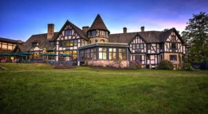There's A Breathtaking Hotel Tucked Away Inside Of This Ohio State Park