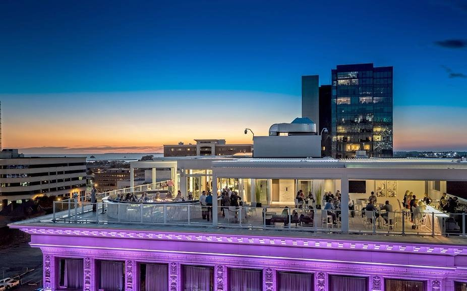 6 Rooftop Bars With The Best Buffalo Views