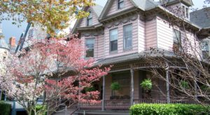 This Victorian Bed And Breakfast In Maryland Is A Beautiful Step Back In Time