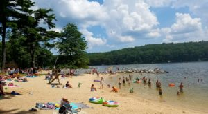Visiting This One Mountain Lake In Maryland Is Like Experiencing A Dream