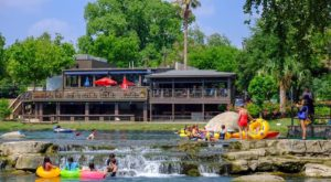 This Riverside Restaurant Near Austin Is Perfect For A Summer Outing