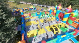 The World's Biggest Bounce House Is Coming To Cincinnati And Everyone Can Come Play
