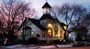 The Inconspicuous Wedding Chapel In Iowa You Won't Find Anywhere Else In The World