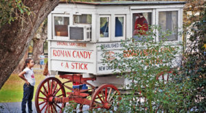 You'll Love This Nostalgic Candy Wagon That's Only Found In New Orleans