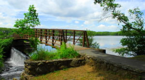 This Reservoir Park Is A Little-Known Summertime Gem In Rhode Island