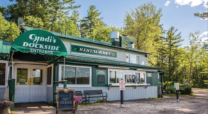 This Maine Restaurant Has Its Own Lagoon And Is The Perfect Summer Destination