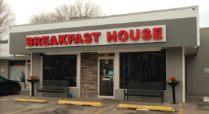 The Best Brunch On Earth Is Served At This Famous Iowa Cafe