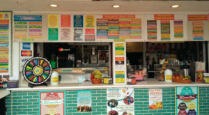 This Boardwalk Ice Cream Stand In Delaware Serves More Than 100 Flavors