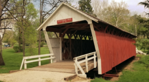 The One Covered Bridge Hike In Iowa That Will Charm You Beyond Words