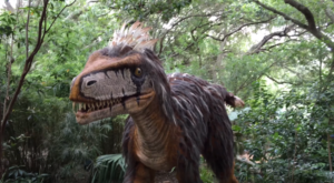 Life-Size Dinosaurs Are Taking Over A Texas Zoo This Summer And You Won't Want To Miss It