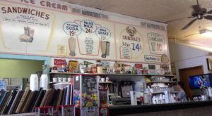 Revisit The Glory Days At This 50s-Themed Restaurant In Kansas