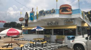 The Whimsical 50s-Style Diner In North Carolina Is What Goodness Is All About