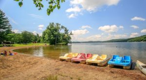 7 Campgrounds In Vermont With Sandy Beaches For Plenty Of Fun In The Sun