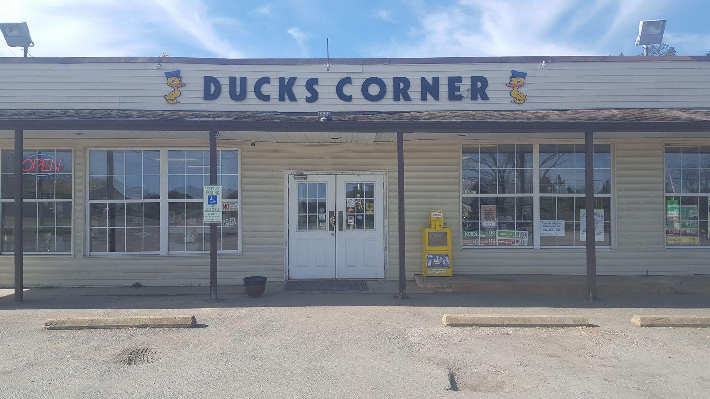 Ducks Corner In Buckingham Has The Best Fried Chicken In